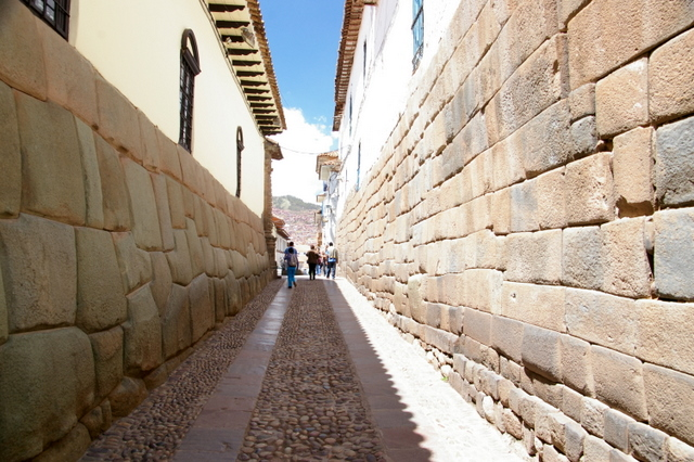 Alleyway in Cusco